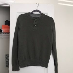 Men's Eddie Bauer long sleeve v-neck button up